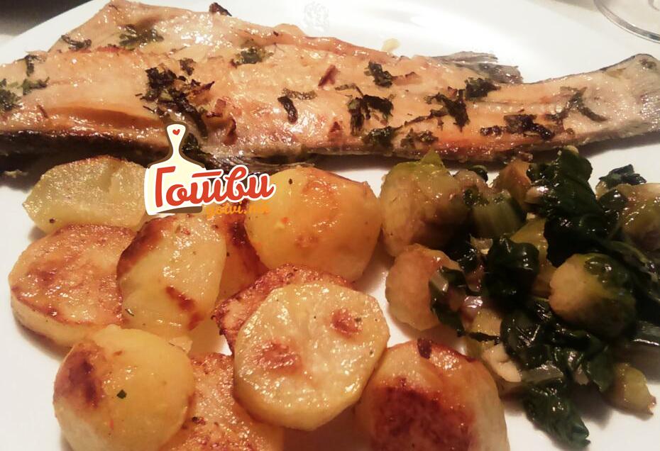 Ручек деликатес: Запечен ослич со сенф и павлака