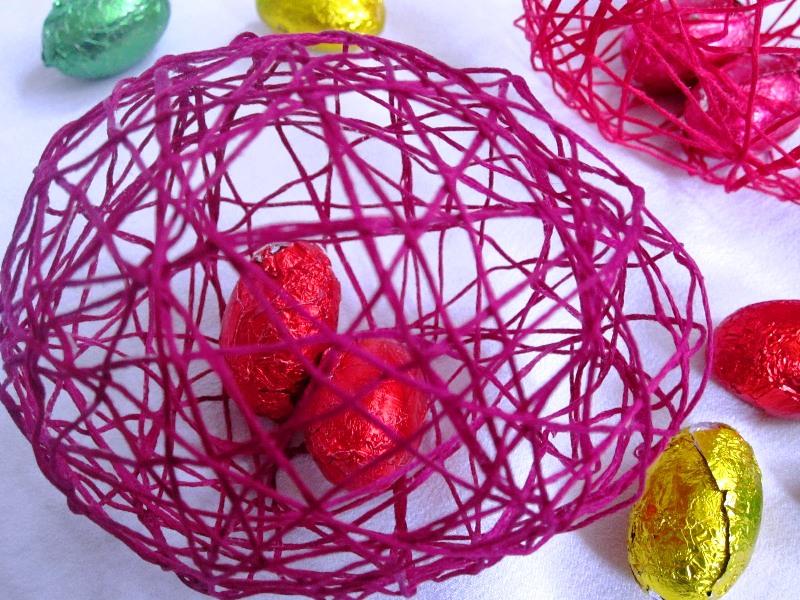 ВИДЕО: Како да направите големо чоко Велигденско јајце