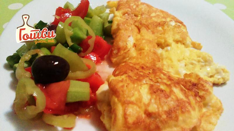 Појадок буквално за 5 минути: Загревате тава и имате деликатес за Добро утро