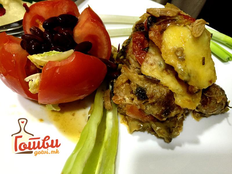 Многу вкусно – Потпечена тава со пилешко месо и печурки