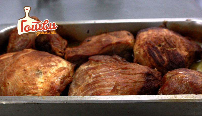 Крчка и мами со мирисот: Маринада за свинско месо