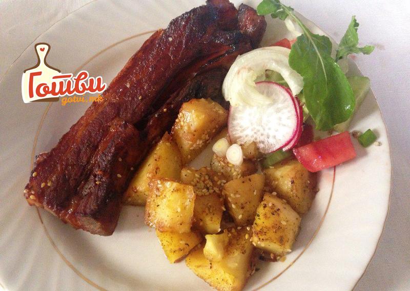 Предлог за вкусен ручек: Месо и компири од рерна