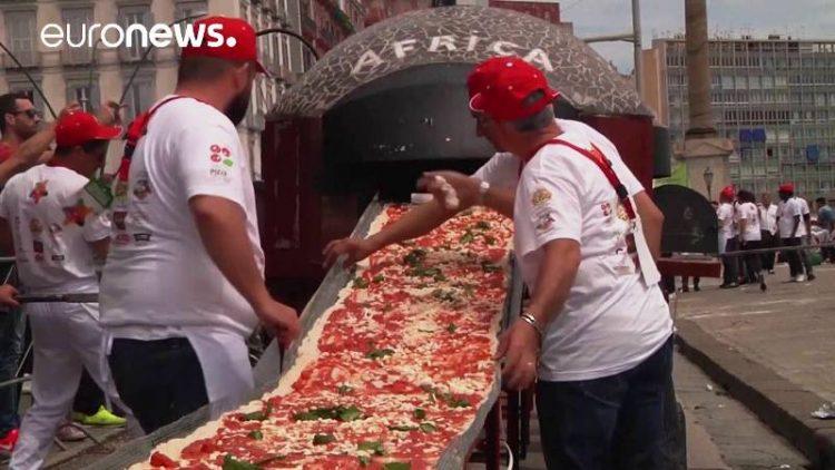 ВИДЕО: Колку состојки беа потребни за најдолгата пица на светот?