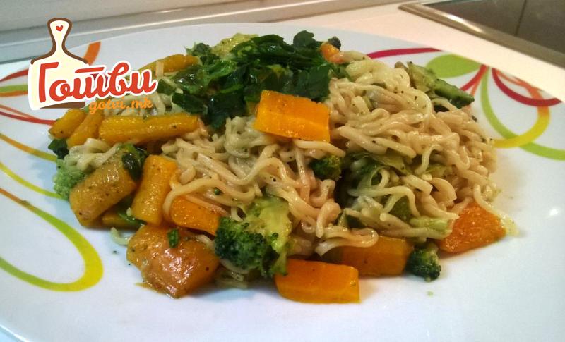 Нудли со зеленчук