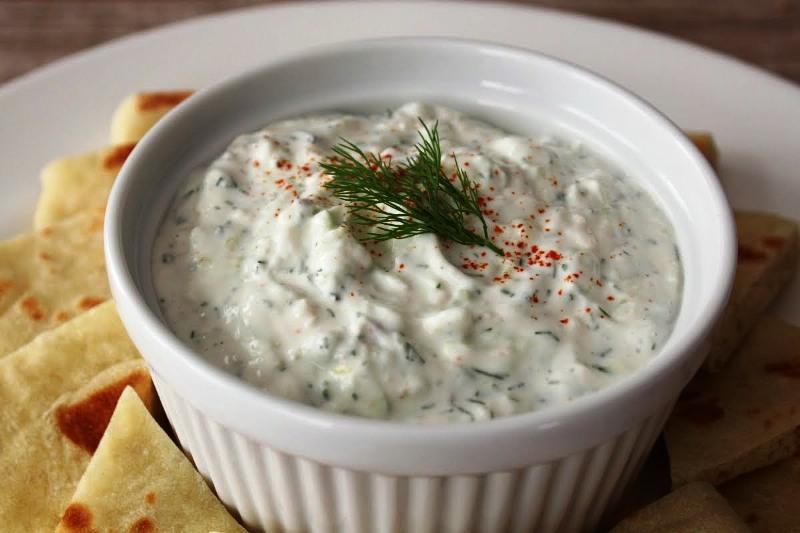 Кремава грчка салата, хит за летово