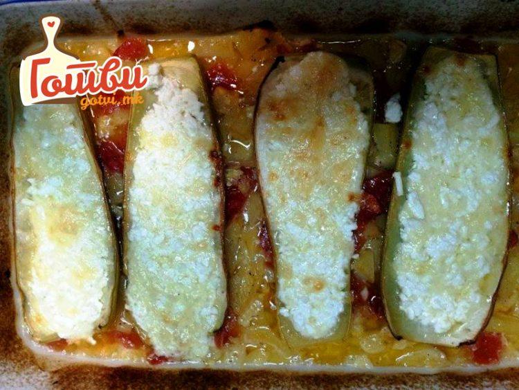 Тиквички со кашкавал сирење и јајца – брз ручек по работниот ден