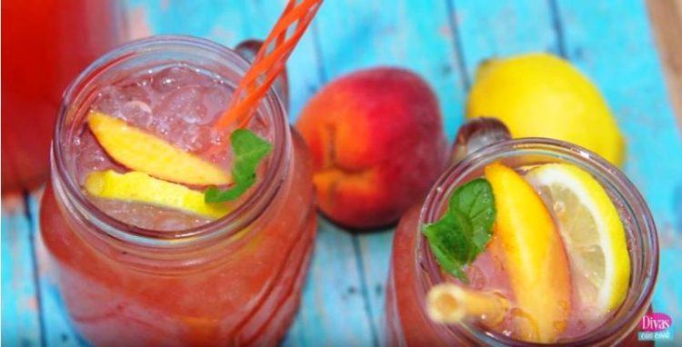 Природна лимонада од праски – веднаш ќе посакате да ја направите