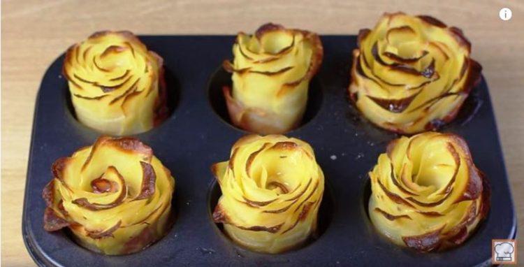 Луди компири од рерна – моментално хит на интернет, ќе ви биде јасно зошто (Видео)