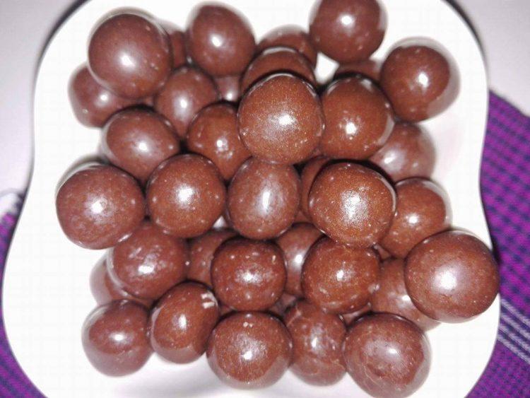 Бомбици со јаболка – меки топчиња за кои сите ќе ви бараат рецепт
