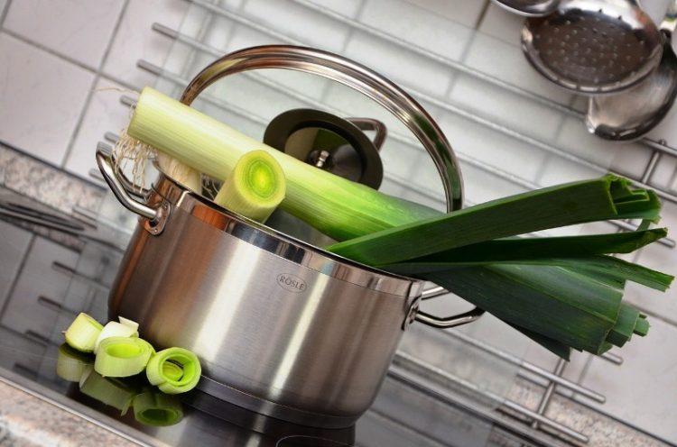 РЕЦЕПТ: Со 2 состојки исчистете го организмот од отрови