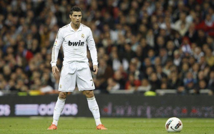 ФОТО: Роналдо повторно се лакира – Зошто?