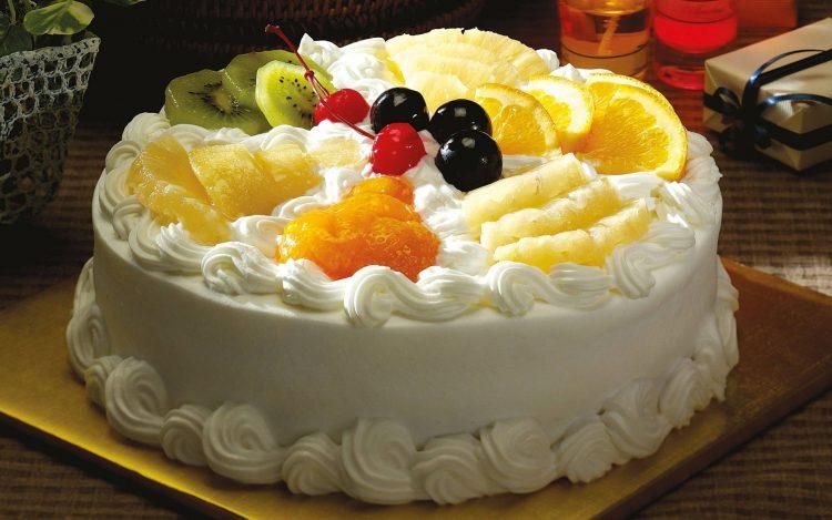 Голема овошна торта без печење – задоволство за 10 минути