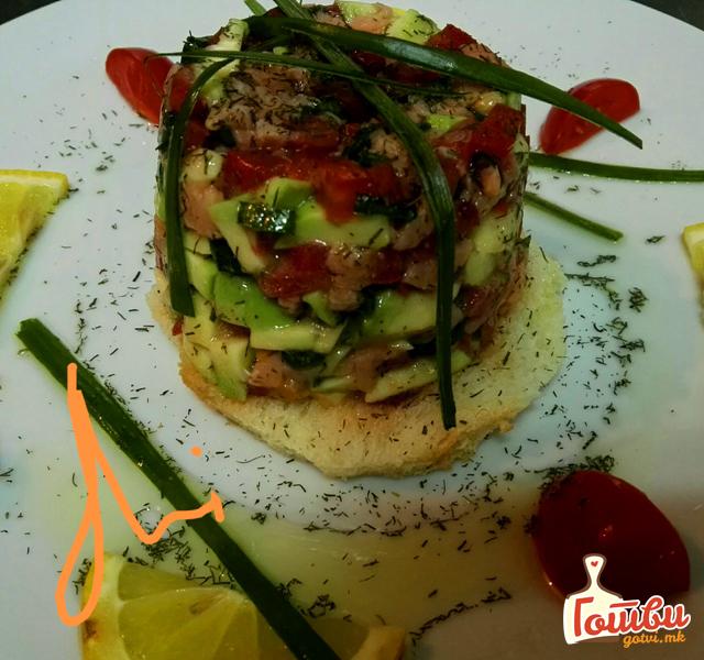 Специјалитет со авокадо и димен лосос – Ова ќе биде вашиот нов омилен рецепт