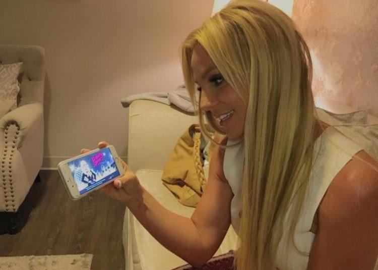ВИДЕО: Бритни Спирс со нова песна, албум и парфем – ова ќе биде нејзина година