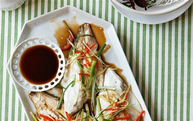 Риба со многу кромид – Вкусно и здраво