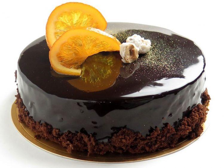 """Посен колач со портокал и чоколадо – торта со """"изронет"""" пандишпан"""