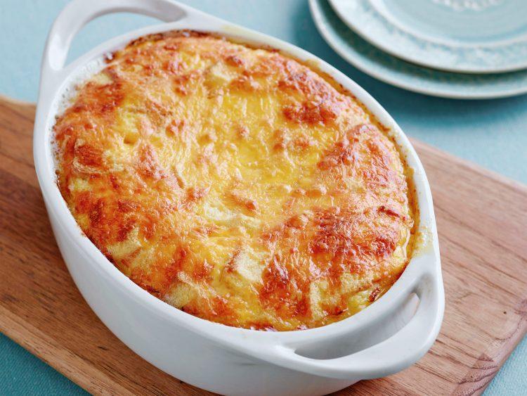 Тава со богат вкус: Суфле со три вида сирење