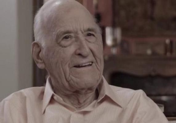 Има 100 години и е како младо момче – открива што да јадеме за долг живот