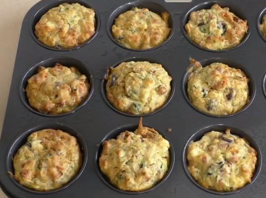 ВИДЕО: Пица мафини – креативен оброк од омилениот вкус на сите генерации