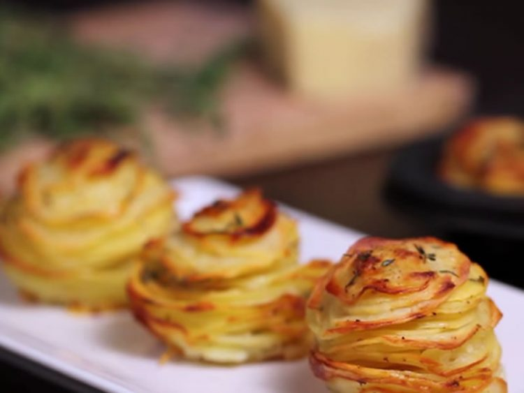 Домашни компир мафини од рерна