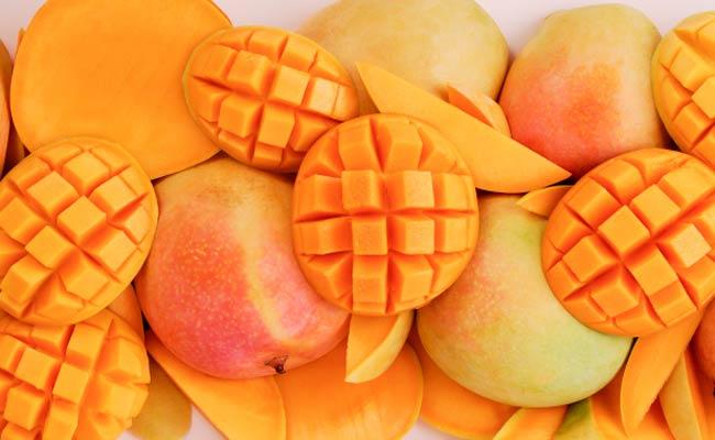 Манго – Сите витамини собрани во еден плод