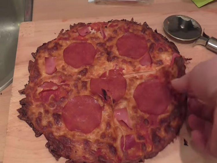Сигурно не сте знаеле дека пица можете да направите и на ОВОЈ НАЧИН!