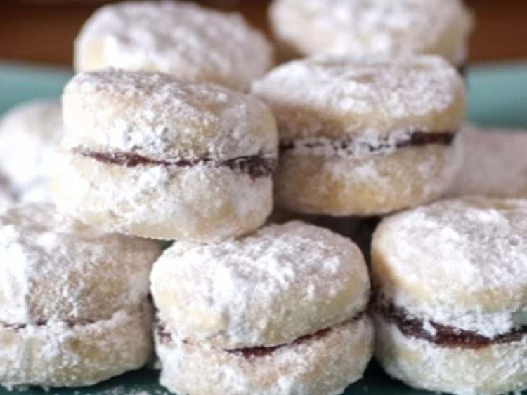 Ситни посни колачи за празничната трпеза
