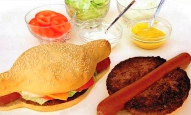 КАЛОРИСКА БОМБА: Спои хамбургер и хот дог и доби…