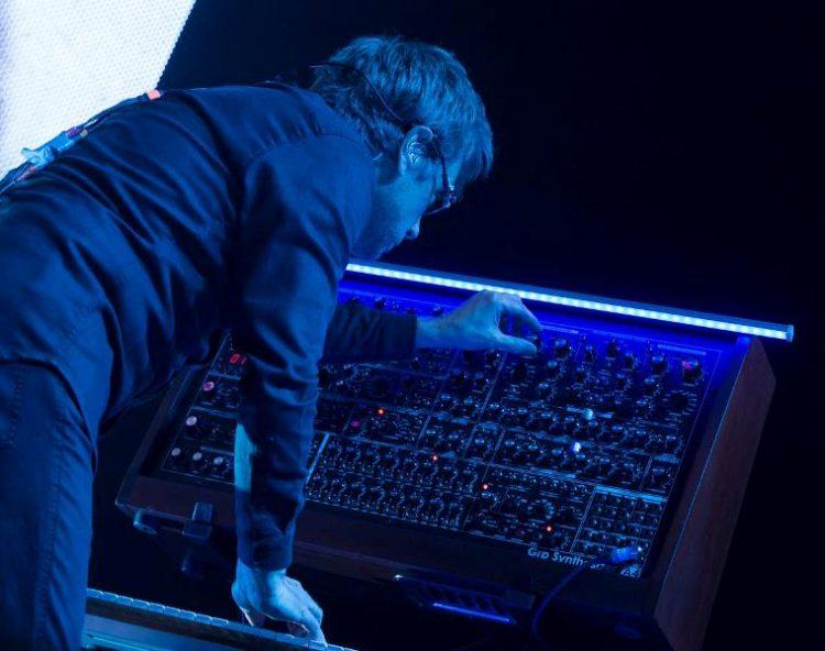 Жан Мишел Жар со спектакл во Скопје – Шеф Марк ни пренесува дел од атмосферата (ВИДЕО)