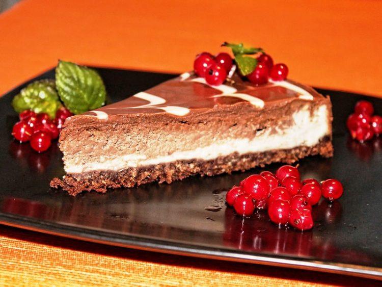 Чоколаден чизкејк од 3 состојки!