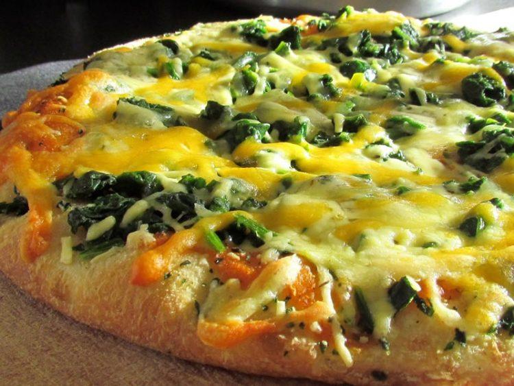 Пица со спанаќ