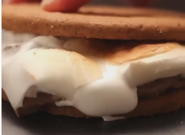 ВИДЕО: Десерт во три чекори – највкусното нешто што сте го пробале