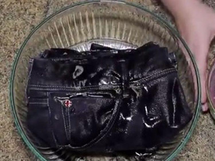 Заборавете на скап прашок за перење! За правилно перење фармерки доволна ви е само ОВАА НАМИРНИЦА!