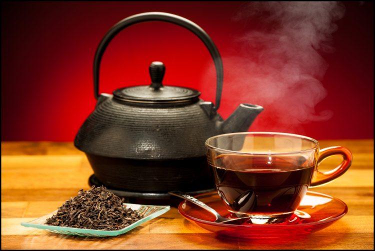 НАУЧНИЦИТЕ ТВРДАТ: Црниот чај е лек за најтешката болест