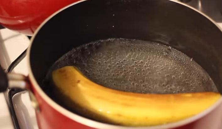 Магичниот чај на Доктор Оз: Зовријте банана, испијте ја водата и видете што ќе се случи