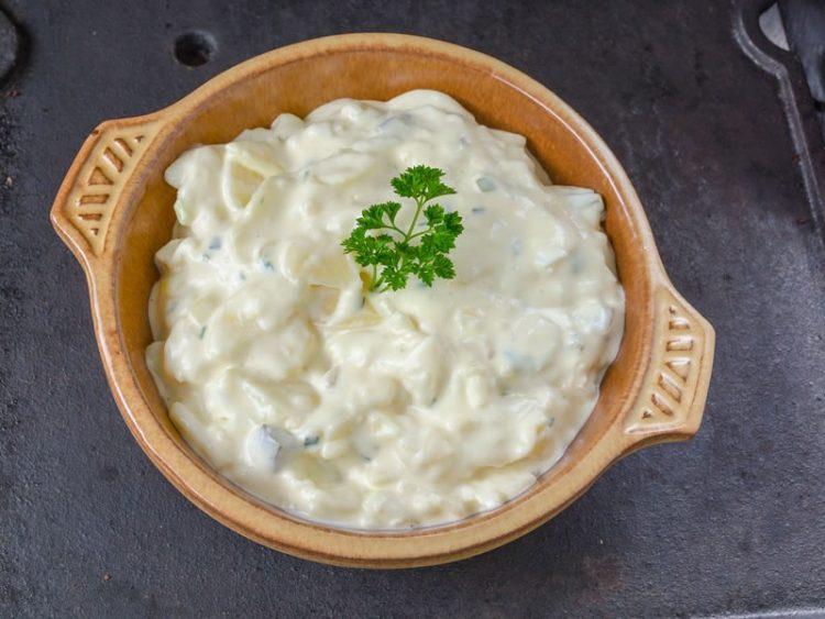 Повкусно од таратур – сос за секој ручек од малку состојки