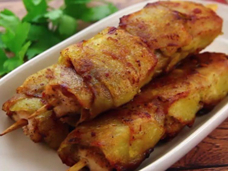 Пилешко замотано во крцкав компир: Ова е РЕЦЕПТ кој не смеете да го пропуштите! (ВИДЕО)