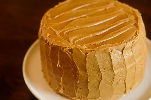 ПРСТ� ДА �ЗЛ�ЖЕШ: Посна карамел торта