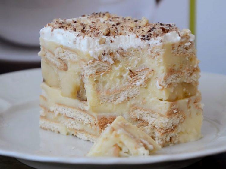 Десерт готов за 5 минути: Колач кој не се пече, а има неодолив вкус