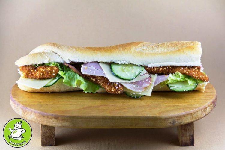 Вкусно и богато мени – Сендвичи, салати, топено сирење за 100 денари! ЕВЕ КАДЕ