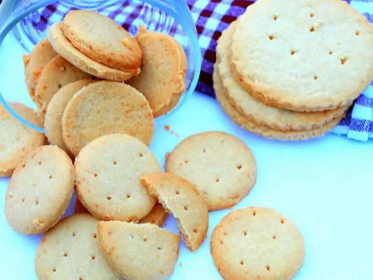 Брзи слатки залаци со путер од кикирики и чоколадо
