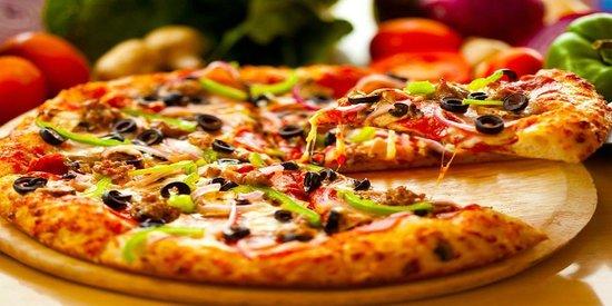 Феноменален трик: Како да подгреете пица за повторно да биде крцкава