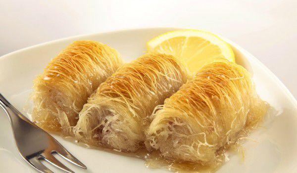 Кадаиф со кикирики: За сите љубители на ориентални слатки