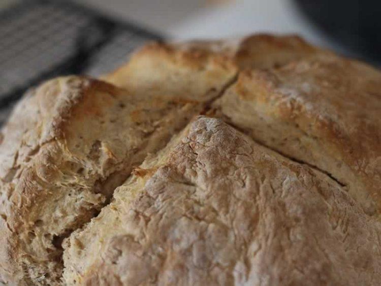 Интернет хит: Леб печен во тенџере
