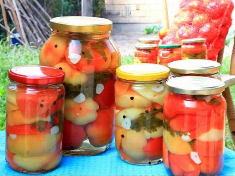 ЗИМНИЦА: Лути печени пиперки со лук