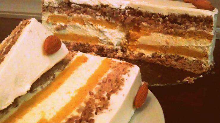 Ароматична есенска торта со тиква