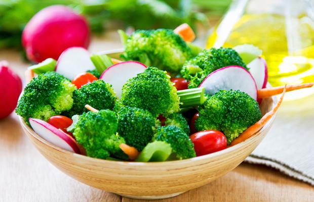 Broccoli with celery and radish salad