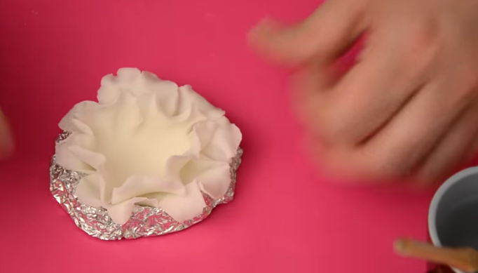 Направете совршена декорација за на торта