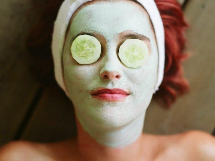 Маска за затегнување на лицето – чини само 20 денари