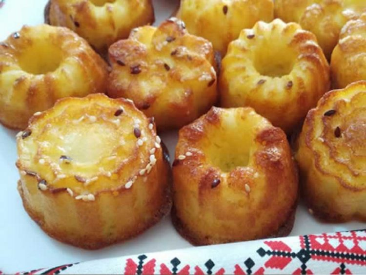 Преку 20 мафини од една смеса: Појадок за 15 минити